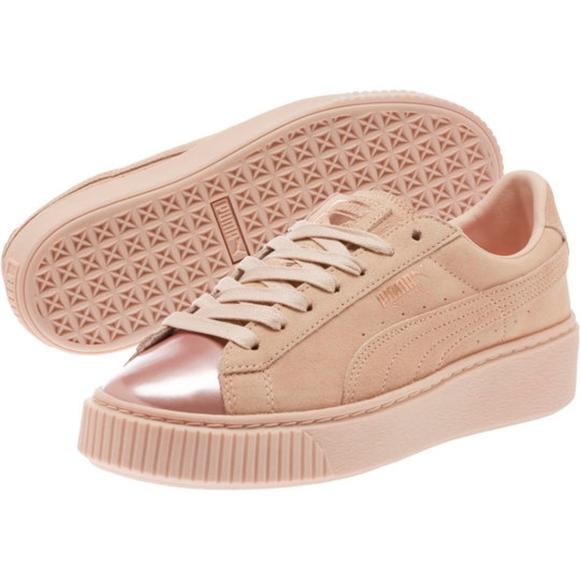 New PUMA Suede Platform Fashion Sneaker. M 5b28936c2beb79909484a87f 6d7fa47a6